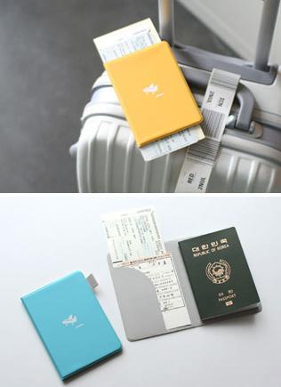 심플한 여권지갑 - PASSPORT COVER